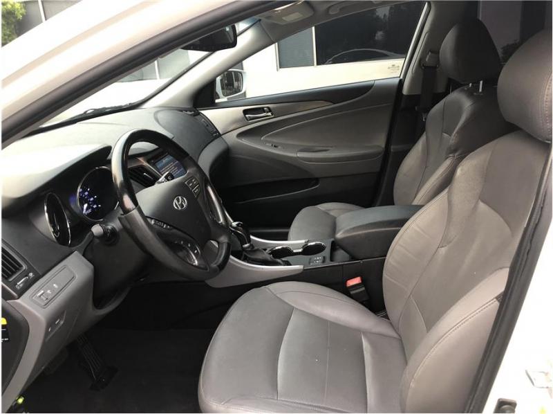 Hyundai Sonata 2012 price $8,800