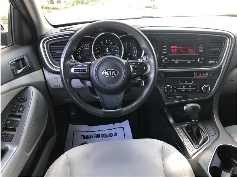 Kia Optima 2014 price $9,550