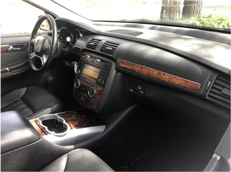 Mercedes-benz R-Class 2010 price $7,990