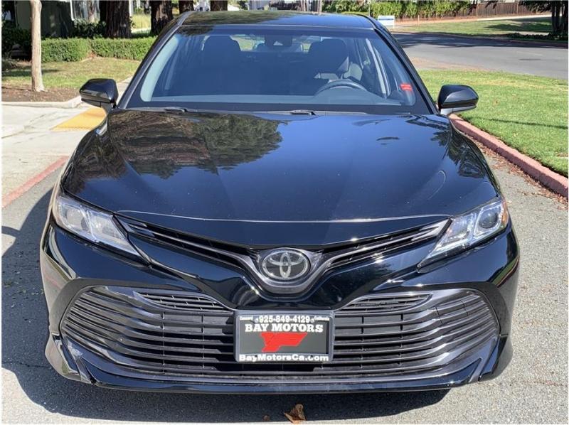 Toyota Camry 2018 price $15,990