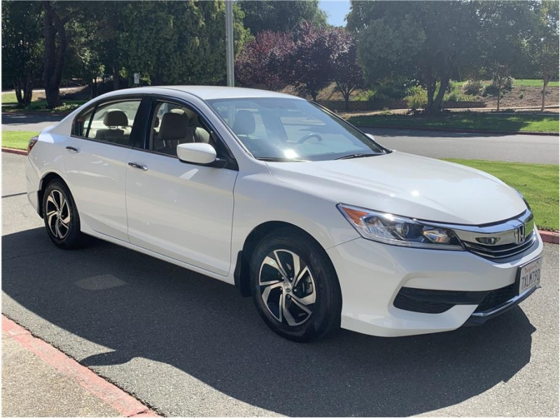 Honda Accord 2017 price $12,990