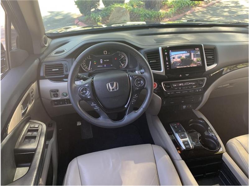 Honda Pilot 2016 price $29,990