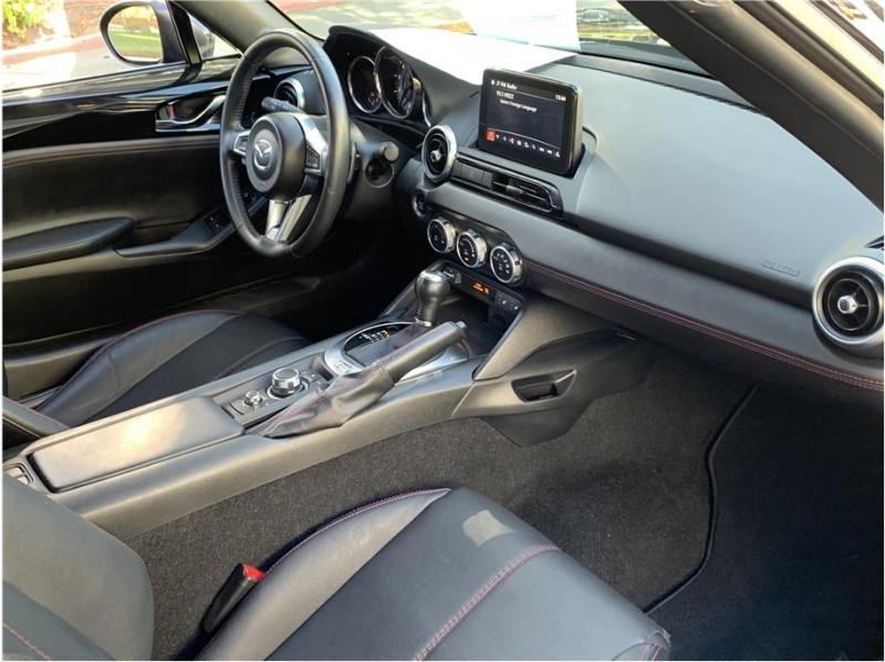 Mazda MX-5 Miata RF 2018 price $18,600