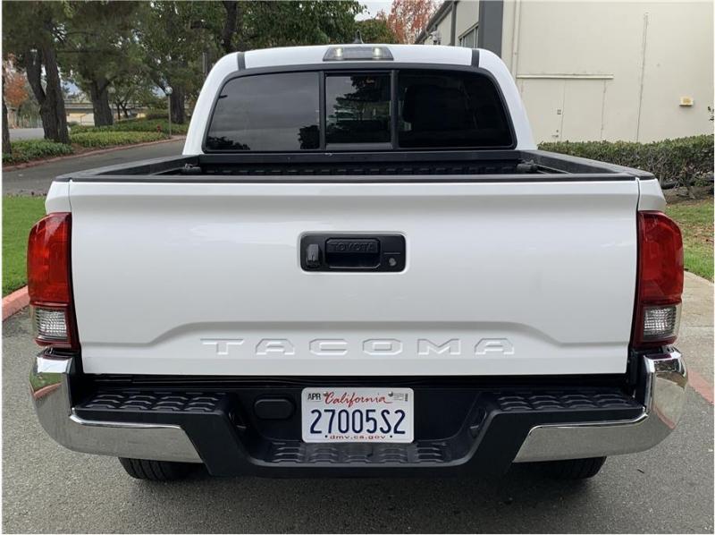 Toyota Tacoma Double Cab 2019 price $25,500