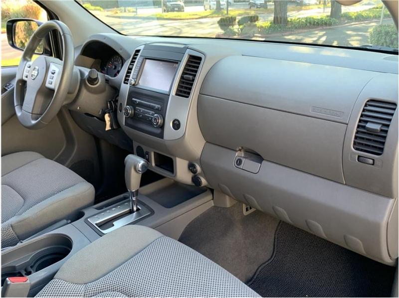 Nissan Frontier Crew Cab 2019 price $18,990