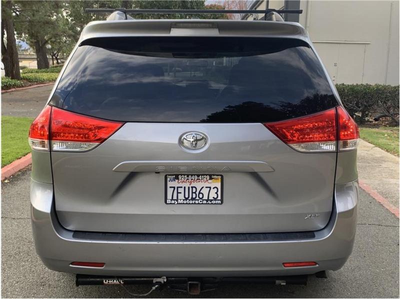 Toyota Sienna 2013 price $16,990