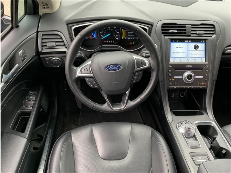 Ford Fusion 2018 price $17,990