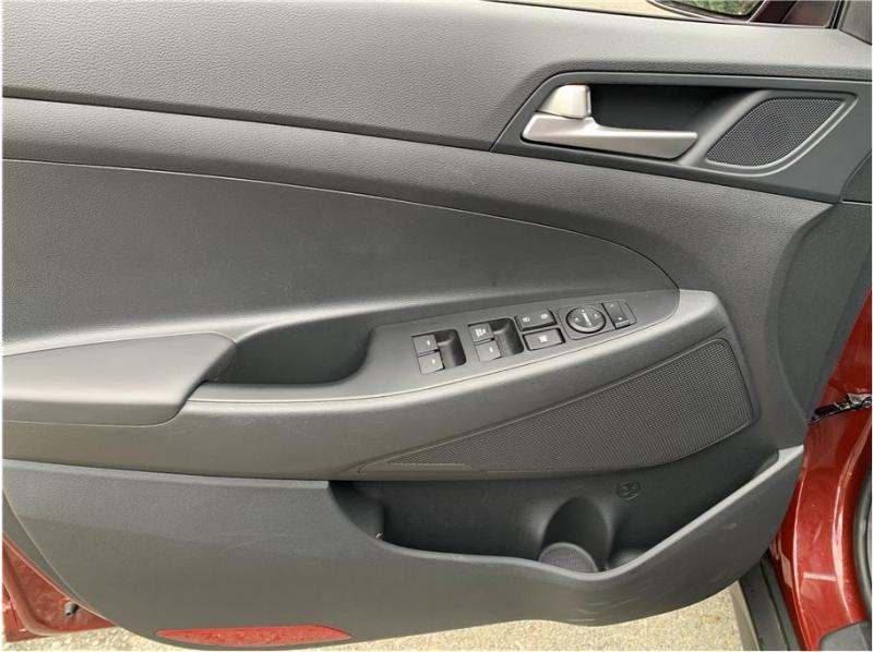 Hyundai Tucson 2019 price $16,850