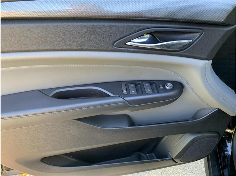 Cadillac SRX 2011 price $11,850