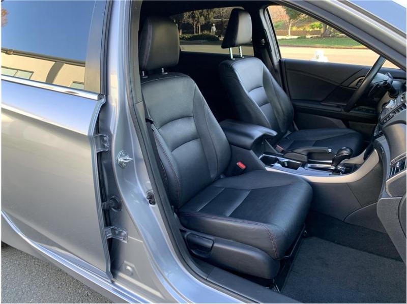 Honda Accord 2017 price $13,990