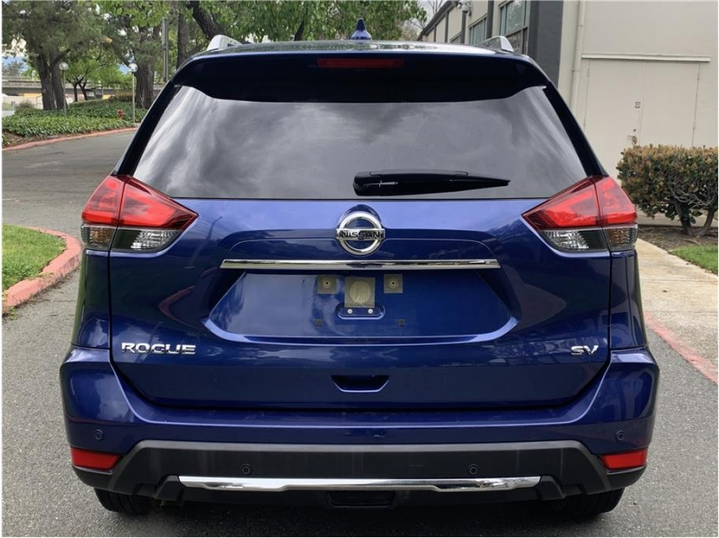 Nissan Rogue 2020 price $21,990