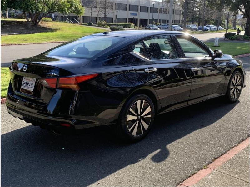 Nissan Altima 2019 price $18,990