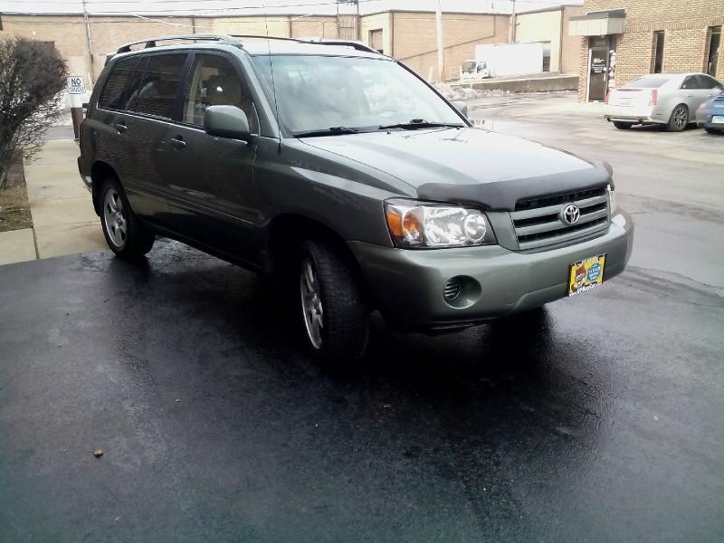 Toyota Highlander 2005 price $4,700