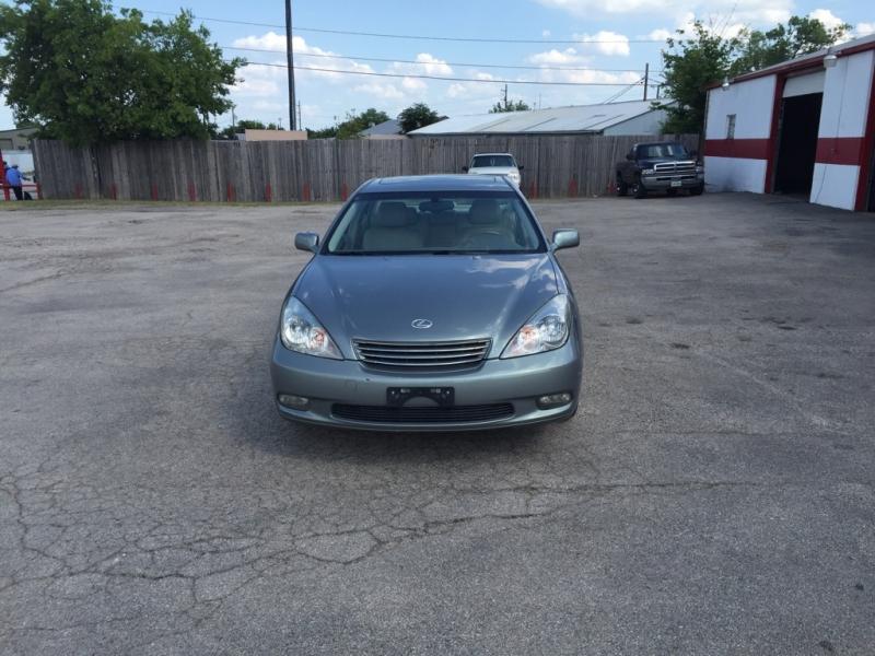 Lexus ES 300 2002 price $0