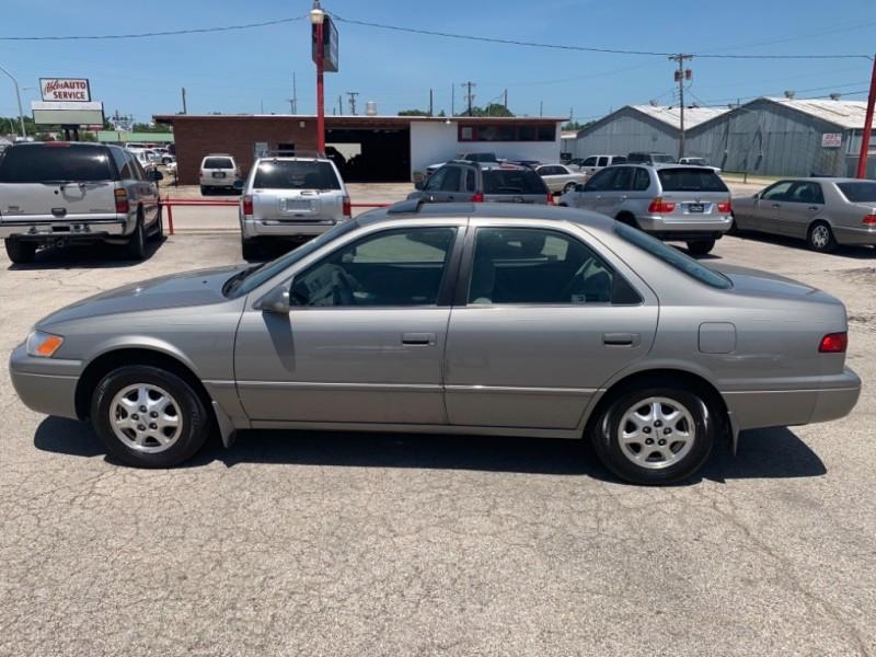 Toyota Camry 1998 price $0