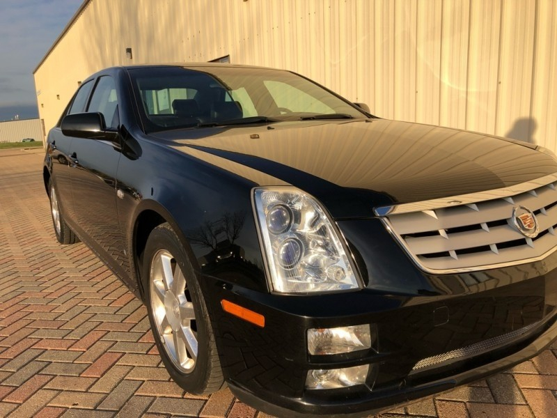 Cadillac STS 2006 price $4,498