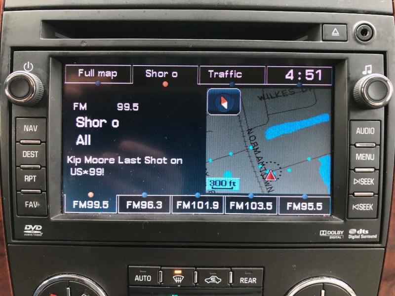 Chevrolet Suburban 2010 price $13,998