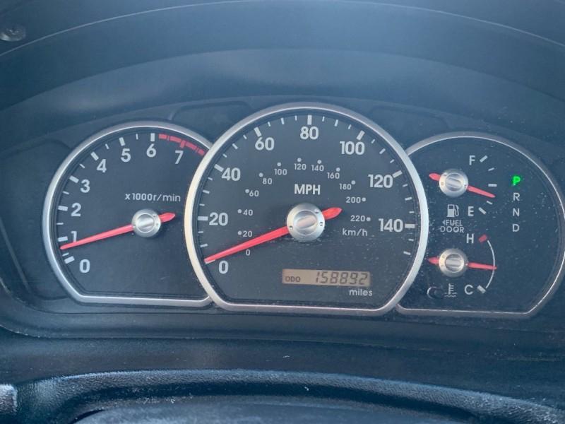 Mitsubishi Endeavor 2004 price $3,298