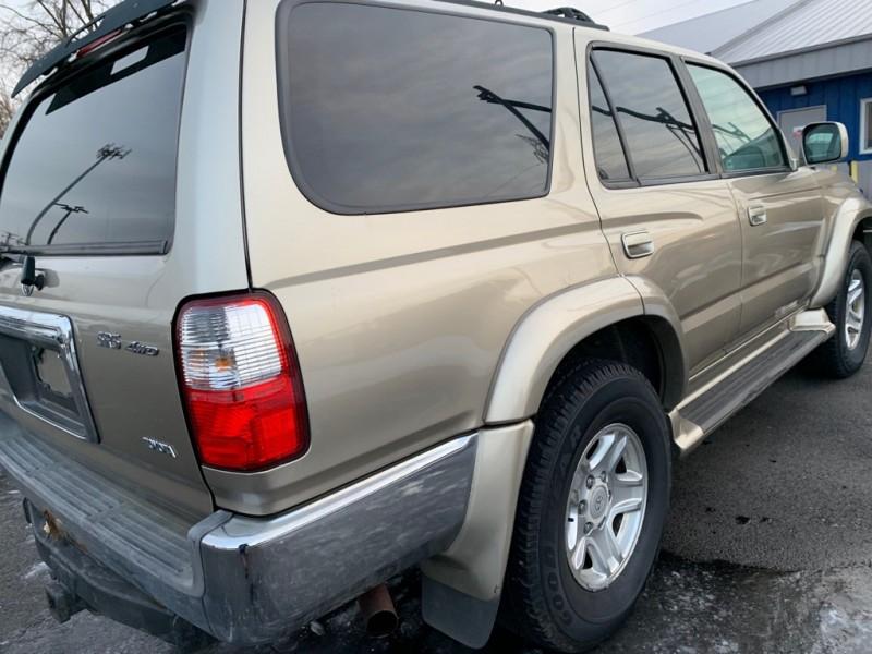 Toyota 4Runner 2002 price $3,498