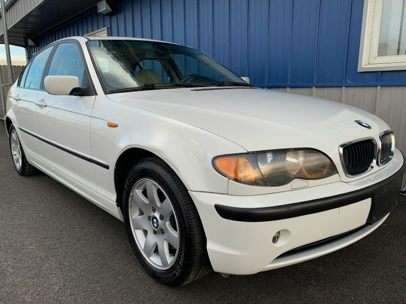 BMW 3-Series 2004 price $4,798