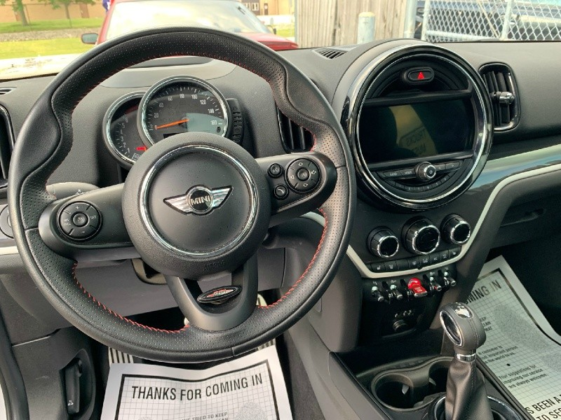 Mini Countryman 2017 price $27,998