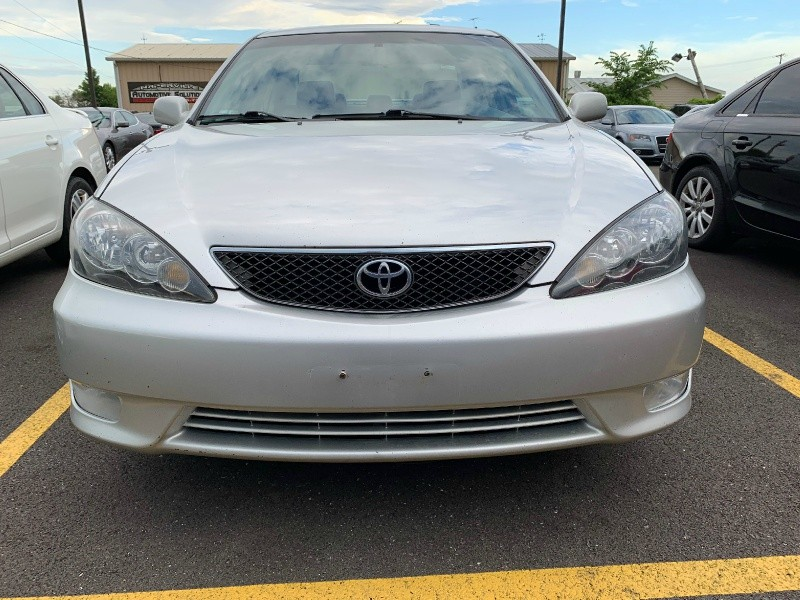 Toyota Camry 2005 price $3,499