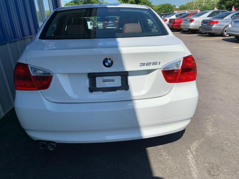 BMW 3-Series 2006 price $9,998