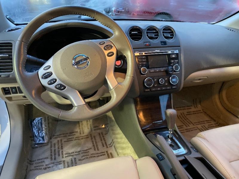 Nissan Altima 2012 price $9,998