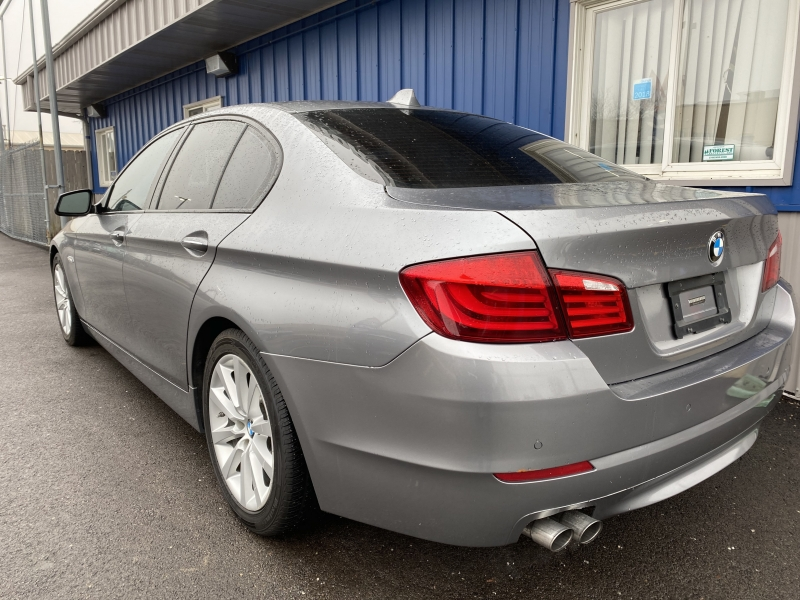 BMW 5-Series 2011 price $8,998