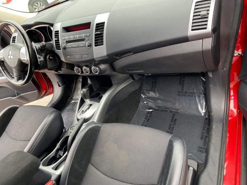 Mitsubishi Outlander 2013 price $9,995
