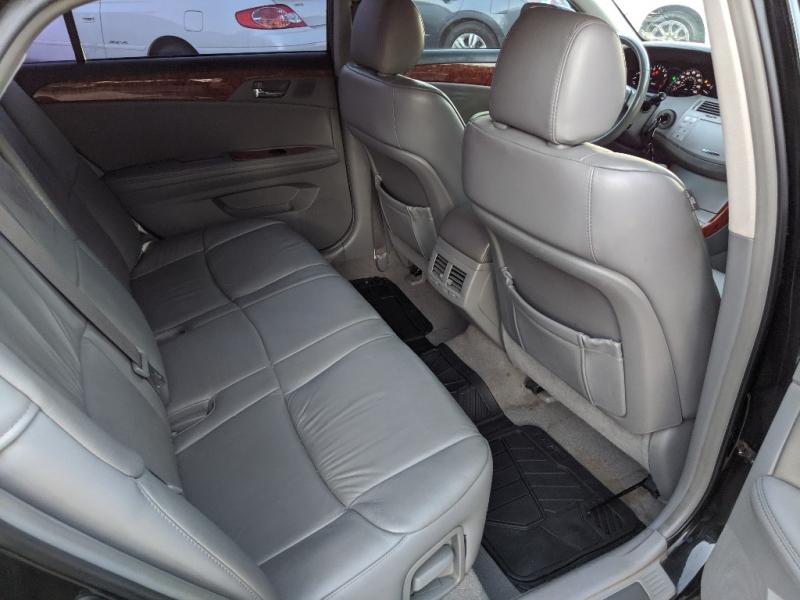 Toyota Avalon 2007 price $4,999 Cash
