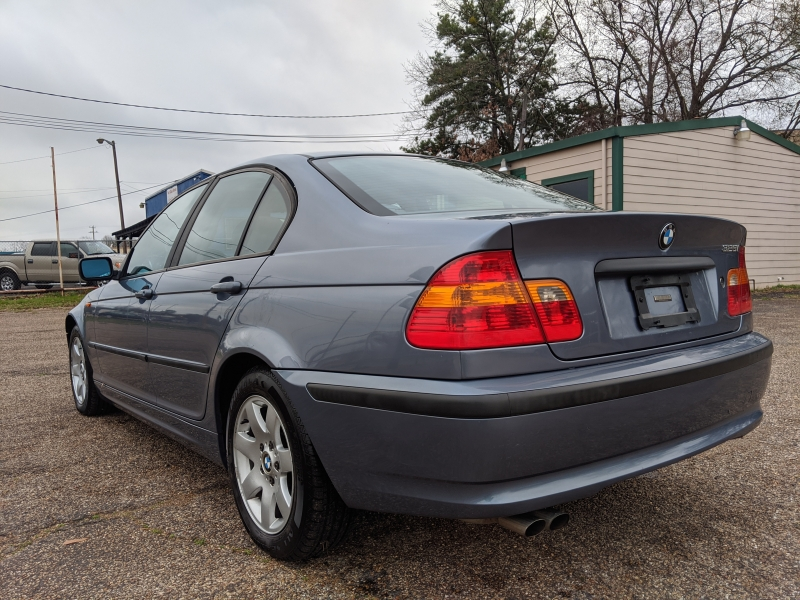 BMW 3-Series 2003 price $3,599