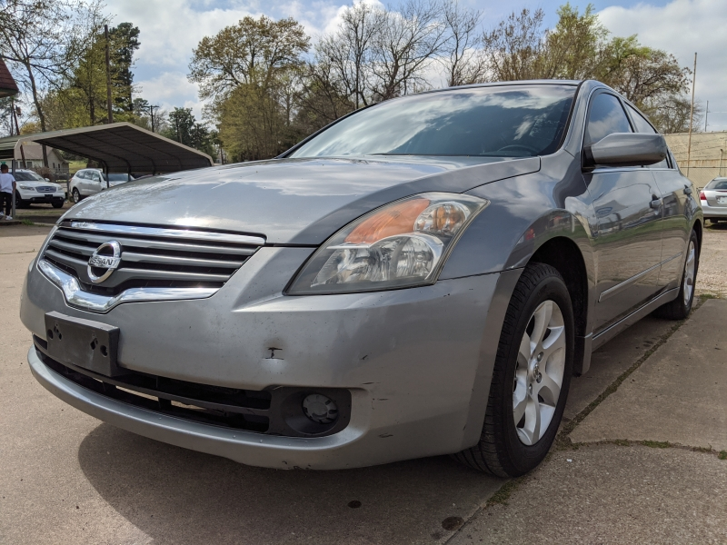 Nissan Altima 2008 price $5,999 Cash