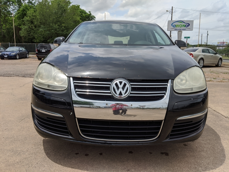 Volkswagen Jetta Sedan 2006 price $3,199 Cash