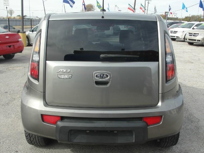 Kia Soul 2011 price $1,000 Down