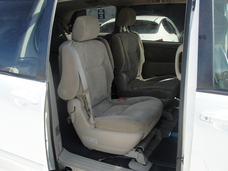 Toyota Sienna 2008 price $1,000 Down