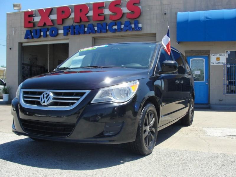 Volkswagen Routan 2012 price $1,500 Down