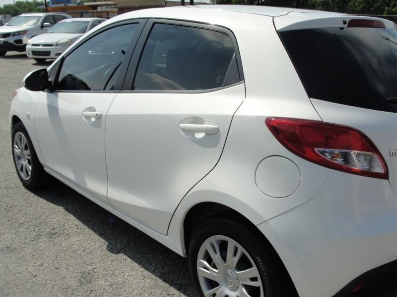 Mazda Mazda2 2014 price $1,000 Down