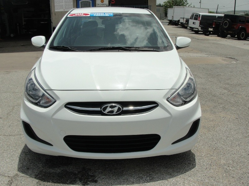 Hyundai Accent 2015 price $3,000 Down