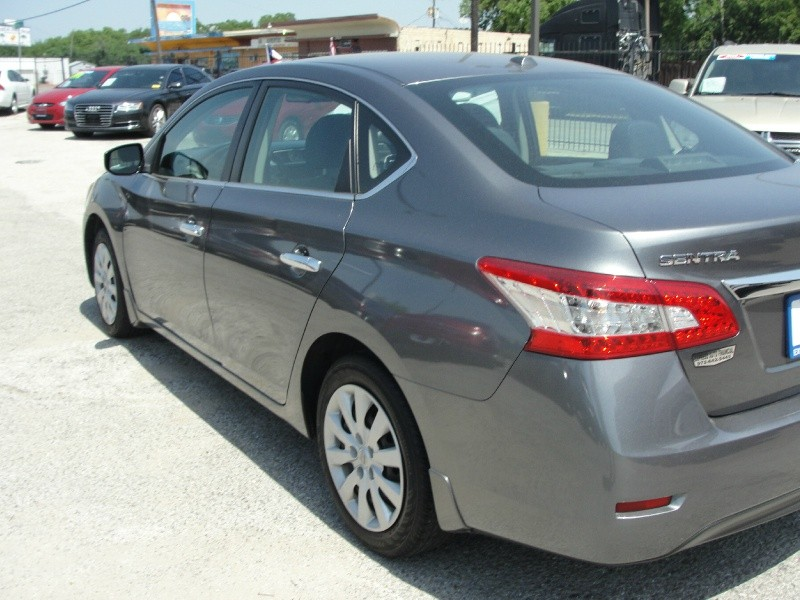 Nissan Sentra 2015 price $1,000 Down