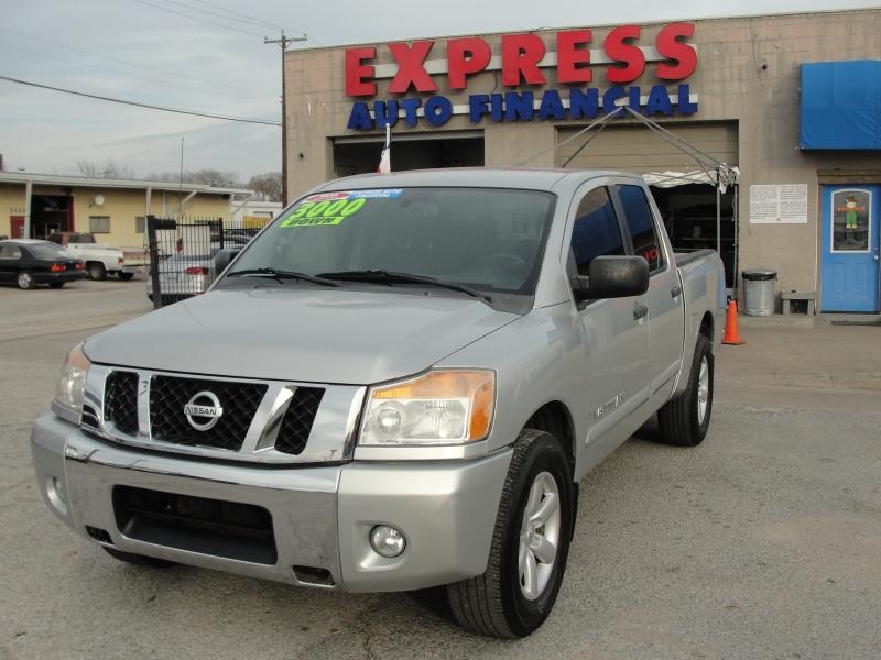 Nissan Titan 2011 price $3,000 Down