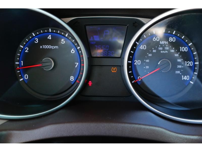 Hyundai Tucson 2015 price $2,500 Down