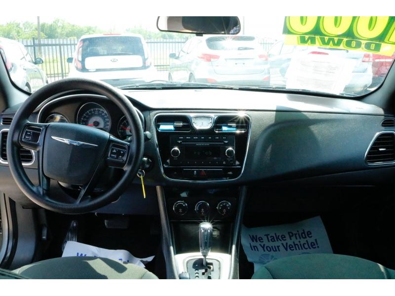 Chrysler 200 2012 price $1,000 Down