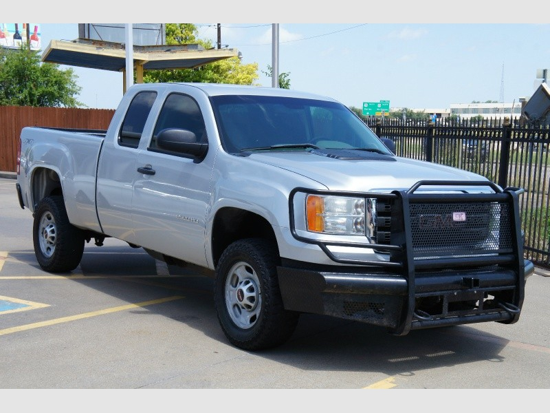 GMC Sierra 2500HD 2013 price $10,977