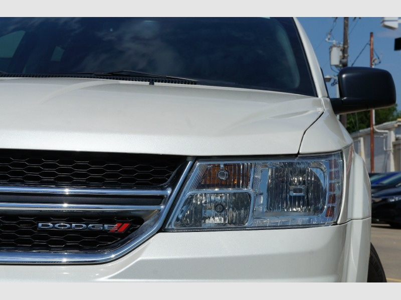 Dodge Journey 2015 price $9,777