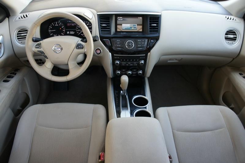 Nissan Pathfinder 2014 price $11,477