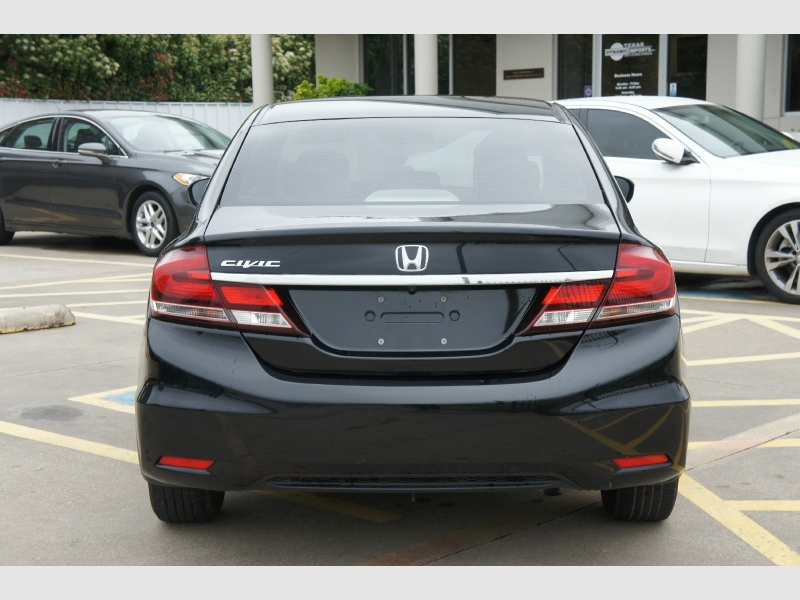 Honda Civic Sedan 2015 price $13,777