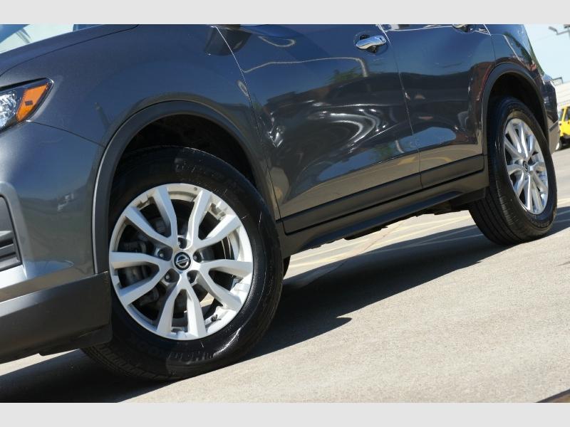 Nissan Rogue 2019 price $16,977