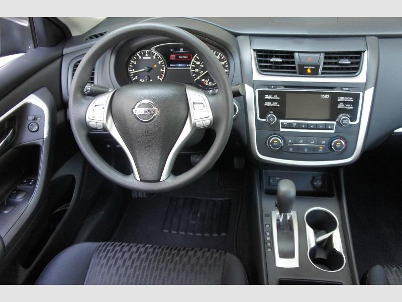 Nissan Altima 2018 price $13,777