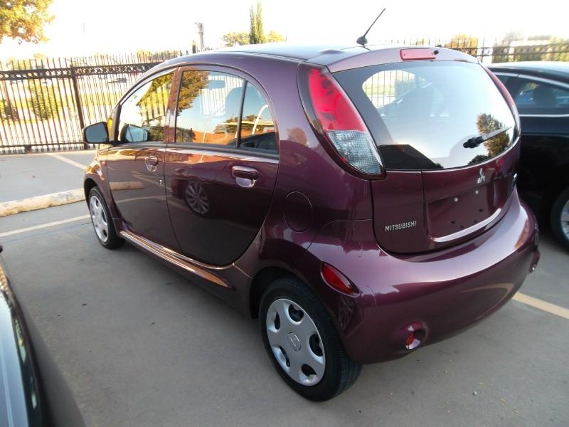 Mitsubishi i-MiEV 2012 price $6,677